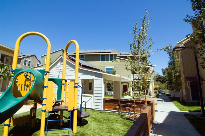 healdsburg family housing kids play structure and park